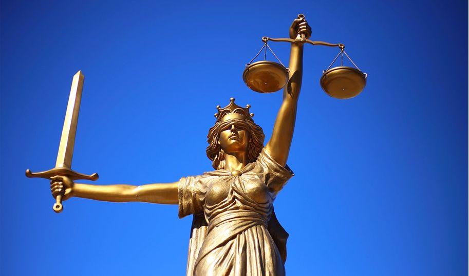 【世間自有明白人】   檢察官:這樣整治人民哪能不亡